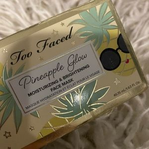 Too Faced Pineapple Glow Face Mask